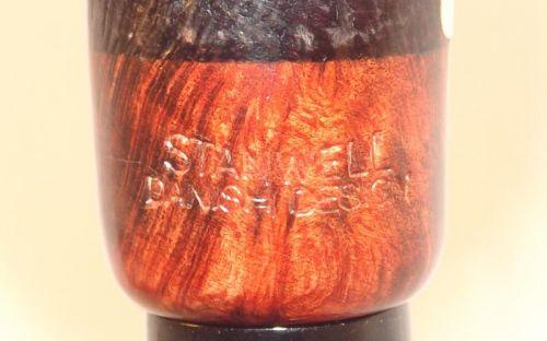 pfeifenshop:  Stanwell Jahrespfeife 2013 Black Sand Smooth Top