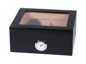 pfeifenshop: Humidor - Schwarz matt, Glasdeckel, spanischer Zeder, für 30 Zigarren